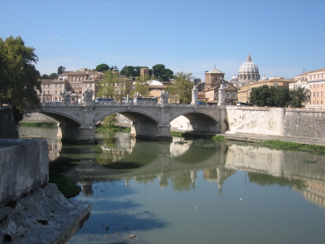 The Tiber from Trastevere bank