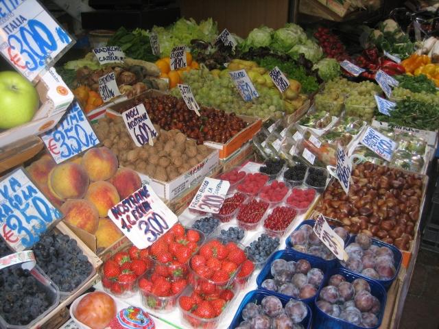 Tutti frutti, anyone?